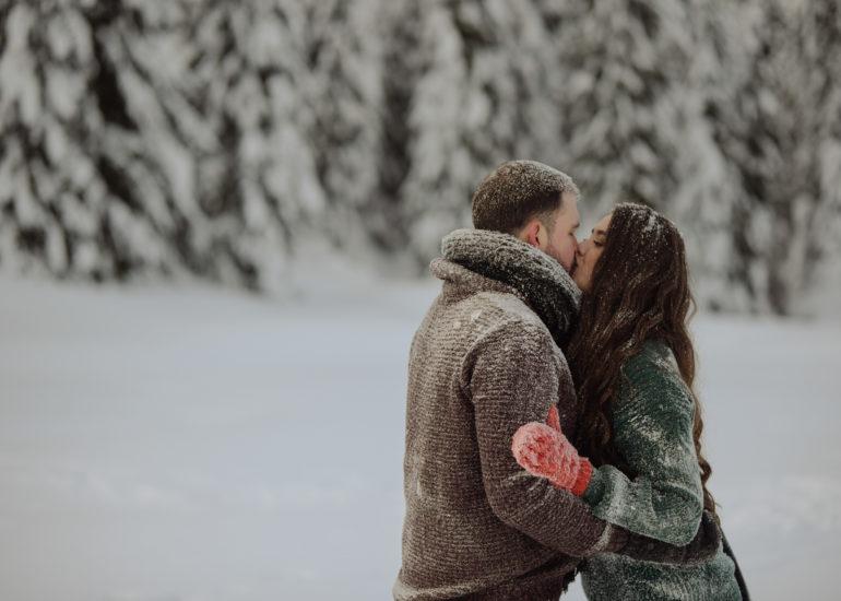 zimowa sesja przedślubna